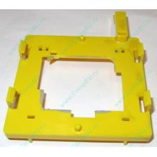 Жёлтый держатель-фиксатор HP 279681-001 для крепления CPU socket 604 к радиатору (Павловский Посад)